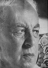 http://upload.wikimedia.org/wikipedia/commons/thumb/a/af/ArnoldToynbee1961.jpg/180px-ArnoldToynbee1961.jpg
